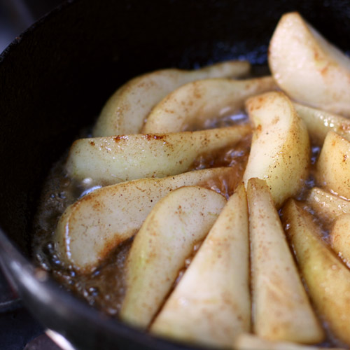 Pears in pan
